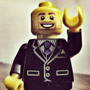 standard-blot_lego.jpg